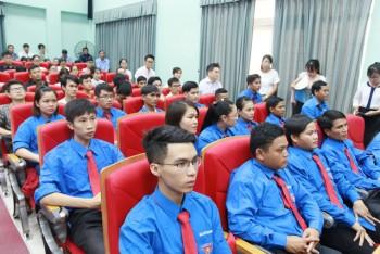Thêm 32 bác sĩ trẻ tình nguyện về công tác tại vùng khó khăn