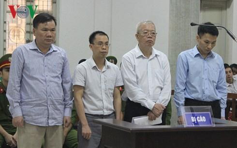Cựu Chủ tịch PVTEX Trần Trung Chí Hiếu lĩnh án 28 năm tù giam
