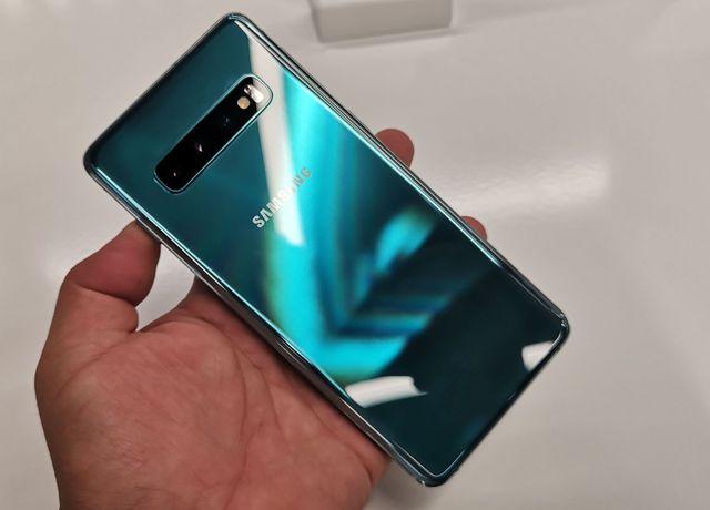 Loạt smartphone giảm giá mạnh đầu tháng 8/2019