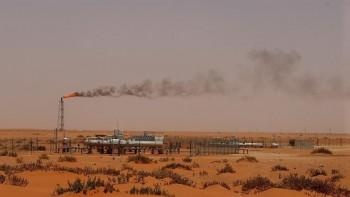 Mỹ thông qua lệnh trừng phạt nhằm vào mạng lưới dầu mỏ của Syria