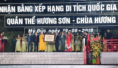 chua huong don bang xep hang di tich quoc gia dac biet