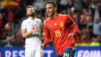 Kết quả bóng đá: Tây Ban Nha, Italy sắp có vé dự vòng chung kết Euro