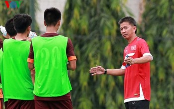 """HLV Hoàng Anh Tuấn: """"U19 VN sẽ cống hiến hết mình tại giải châu Á"""""""
