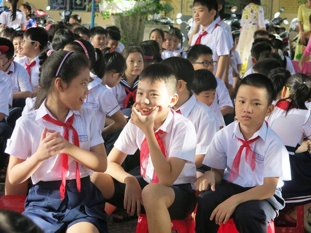 ha noi moi hoc sinh khong hoc them qua 5 mon hoc
