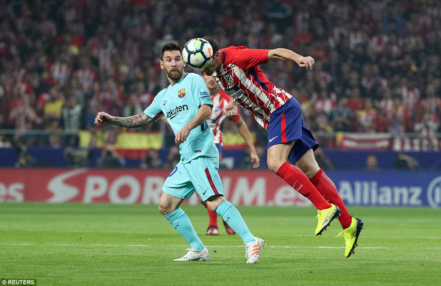 hoa atletico barcelona cham dut mach toan thang o la liga