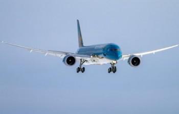 vietnam airlines huy va lui gio hang loat chuyen bay den nhat ban