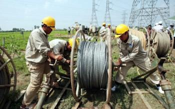 Đầu tư phát triển nguồn điện: Khó thực thi khi không hấp dẫn