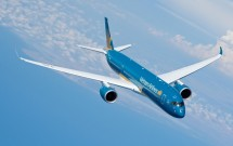 may bay vietnam airlines ha canh khan cap o hong kong vi khach dot quy