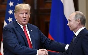 Tổng thống Donald Trump trì hoãn cuộc gặp người đồng cấp Nga