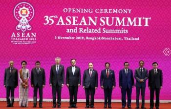 Thủ tướng Nguyễn Xuân Phúc dự phiên khai mạc hội nghị cấp cao ASEAN