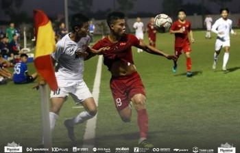 U22 Việt Nam 2-2 U22 Myanmar: HLV Park Hang-seo vắng mặt, các học trò gặp khó