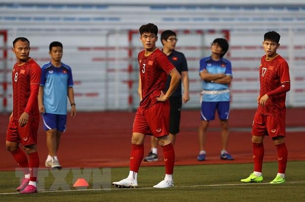 Trung vệ Tấn Sinh bị chấn thương sau trận U22 Việt Nam thắng dễ Brunei