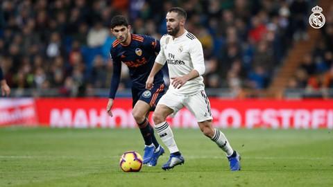 danh bai valencia real madrid ap sat top 4 la liga