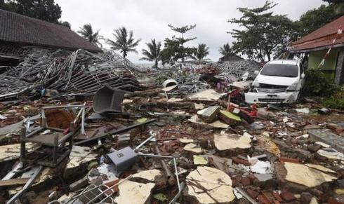 Số người chết vì sóng thần ở Indonesia tăng lên con số 281 người