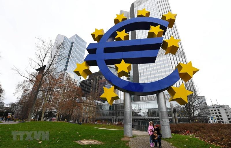 cac bo truong tai chinh eu bat dong ve van de cai cach eurozone
