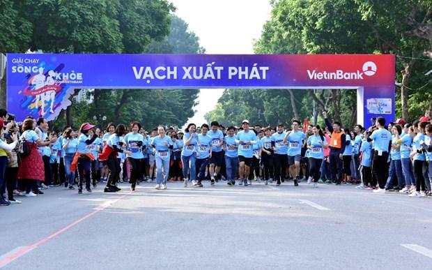 Hơn 1.500 vận động viên tranh tài giải chạy sống khỏe cùng VietinBank