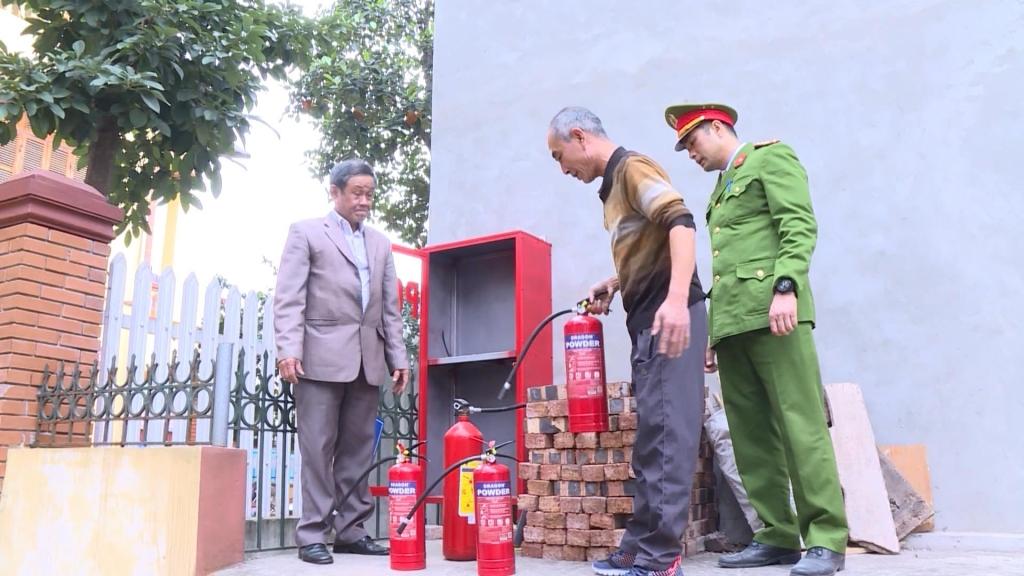 发挥各级党委对防火救火工作的作用