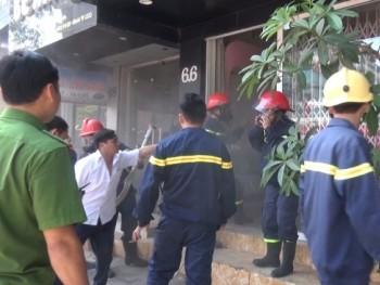 Nhanh chóng dập tắt đám cháy tại nhà dân