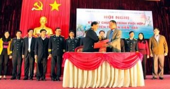 Tỉnh ủy Bắc Kạn và Đảng ủy Quân chủng Hải quân ký kết chương trình phối hợp tuyên truyền biển đảo