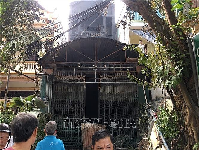 Hỏa hoạn thiêu rụi căn nhà 3 tầng bán vàng mã