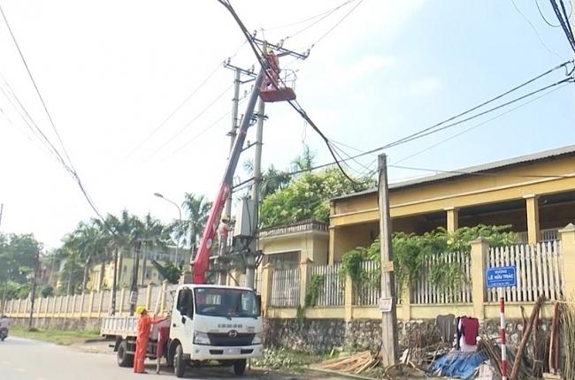Đảm bảo an toàn lưới điện trước những diễn biến phức tạp của mưa bão