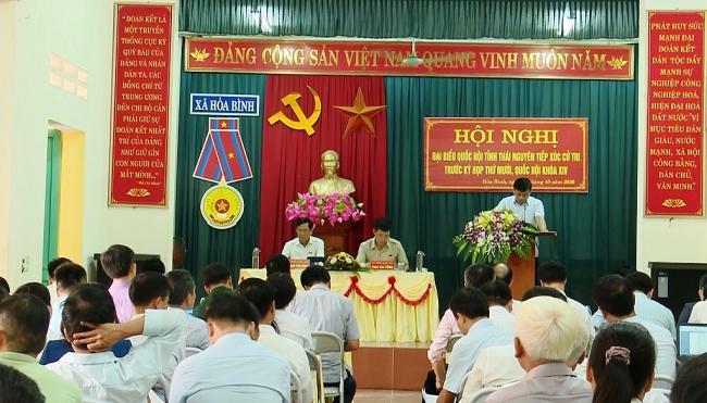 Đại biểu Quốc hội tỉnh Thái Nguyên tiếp xúc cử tri xã Hòa Bình
