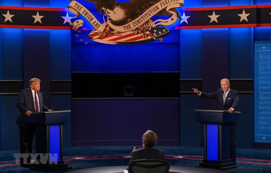 Tổng thống Mỹ Trump trông đợi cuộc tranh luận vào ngày 15/10
