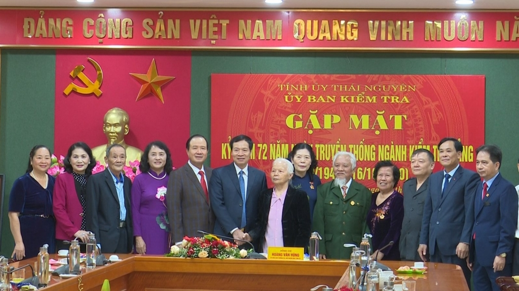 Gặp mặt kỷ niệm 72 năm ngày truyền thống ngành Kiểm tra Đảng