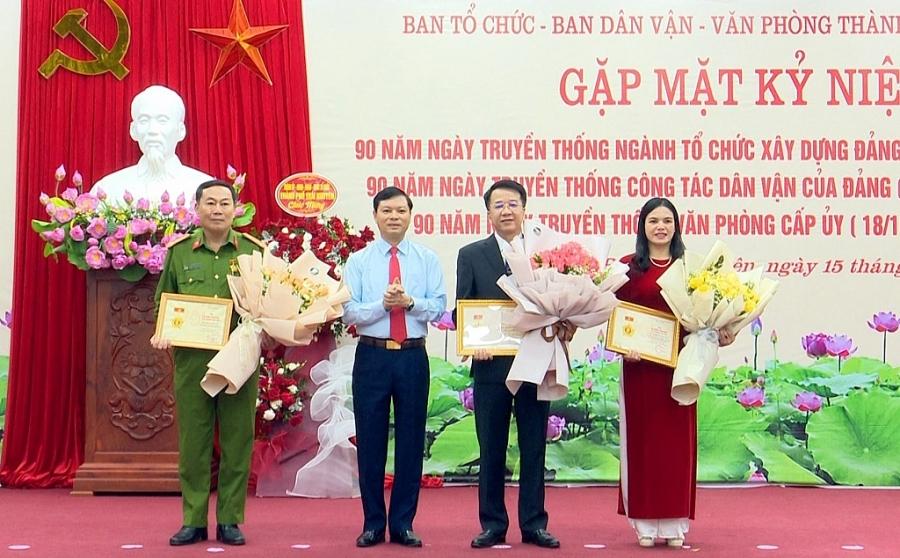 TP Thái Nguyên: Kỷ niệm Ngày truyền thống ngành Tổ chức xây dựng Đảng, công tác Dân vận của Đảng và Văn phòng cấp ủy