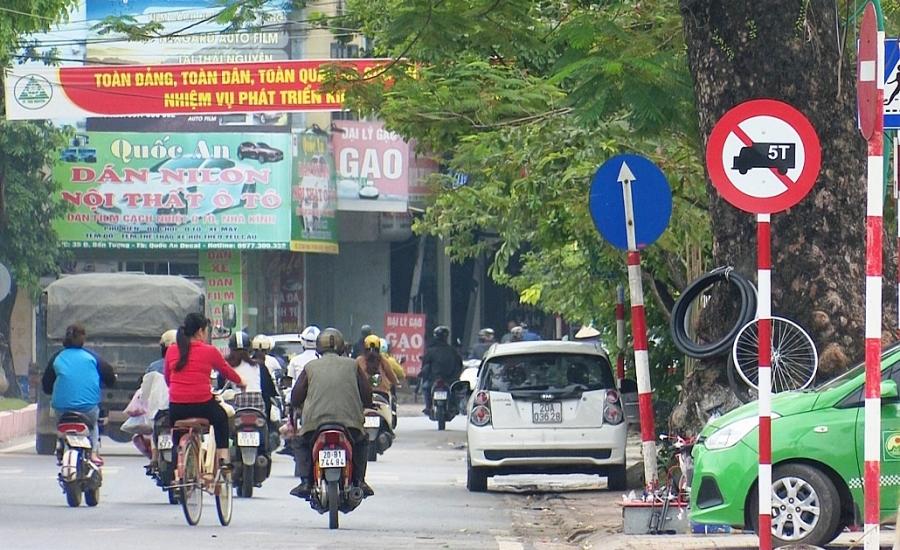 Cấm xe tải từ 5 tấn trở lên hoạt động trên đường Bến Tượng, TP Thái Nguyên