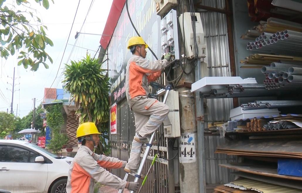 Đảm bảo an toàn lao động trong vận hành lưới điện
