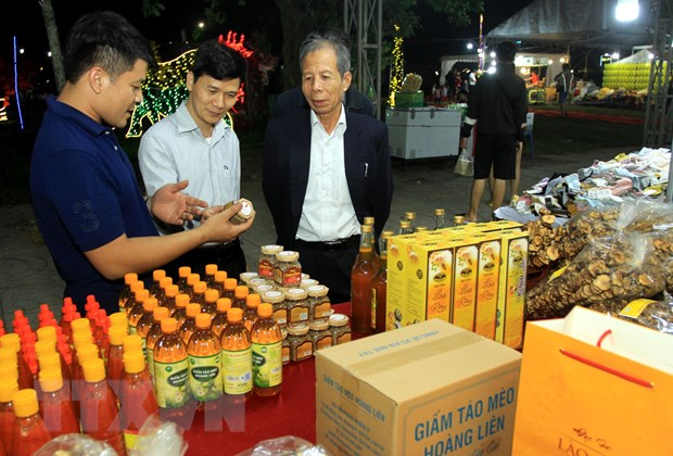 Khai mac Hoi cho Nong nghiep quoc te dong bang Bac Bo 2020 hinh anh 2