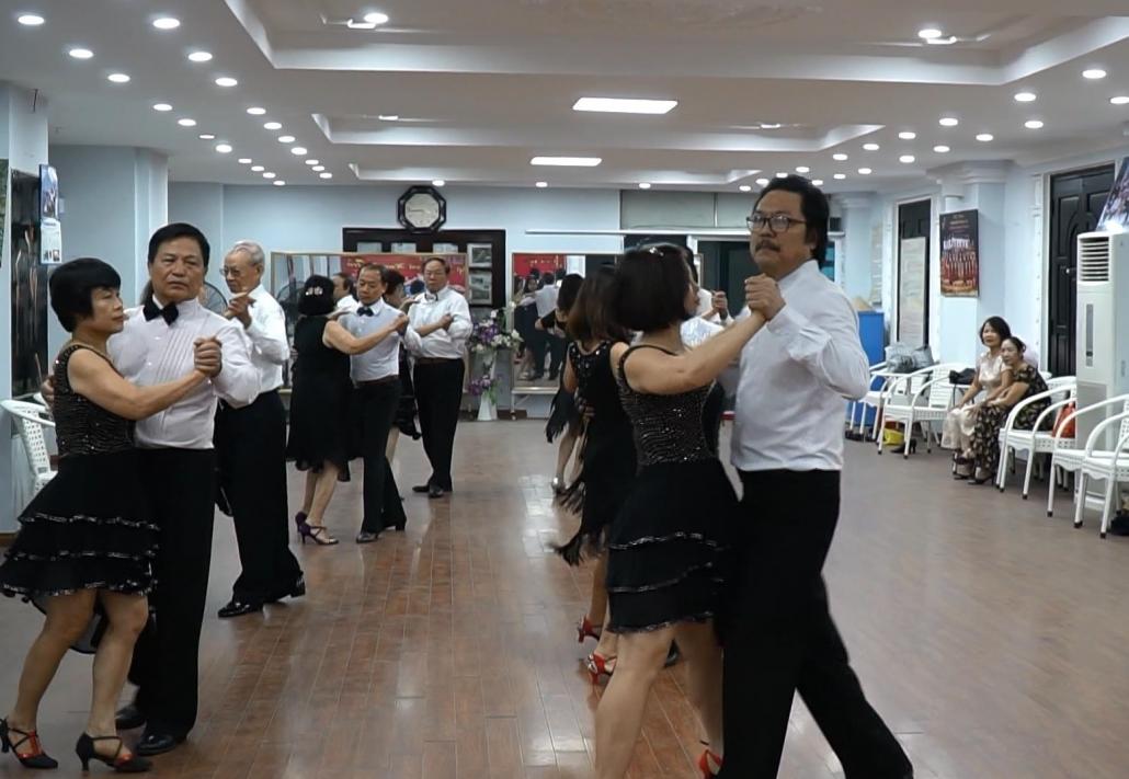 Khiêu vũ - một bí quyết vui khỏe của người cao tuổi