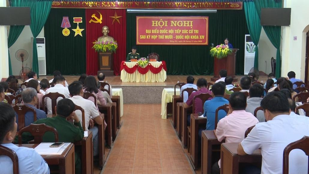 Đại biểu Quốc hội tiếp xúc cử tri sau Kỳ họp thứ 10, khóa XIV