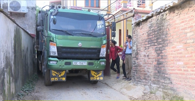 Cần chấn chỉnh hoạt động vận tải tại xóm Chùa, xã Hà Châu, huyện Phú Bình