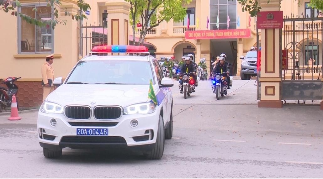 Ra quân tăng cường tuần tra kiểm soát giao thông