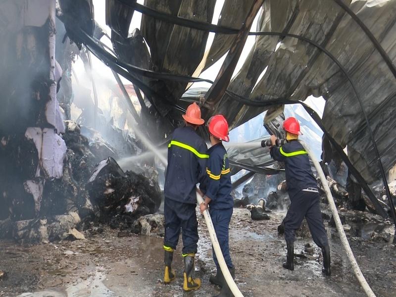 Cháy lớn tại Công ty CP Giấy Trường Xuân chi nhánh Phổ Yên