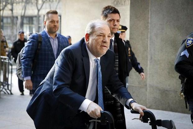 Mỹ: Trùm giải trí bị thất sủng Harvey Weinstein mắc COVID-19