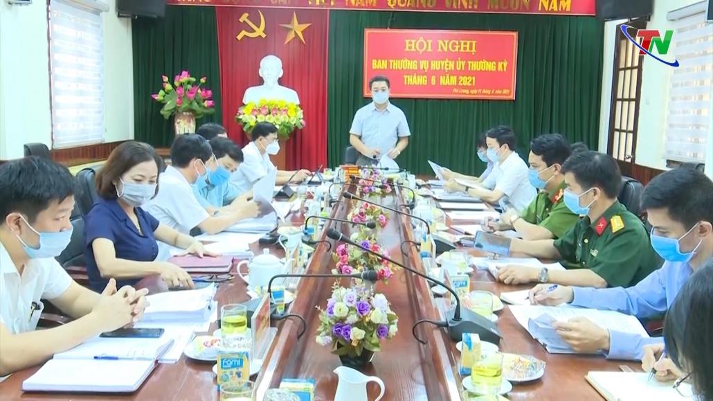 Hội nghị Ban Thường vụ Huyện ủy Phú Lương tháng 6/2021