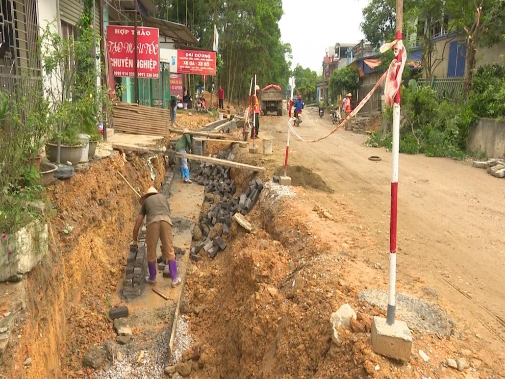 Thống nhất phương án khắc phục sự cố do thi công Dự án Cải tạo, nâng cấp tỉnh lộ 261