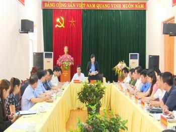dong chi bi thu tinh uy lam viec voi ban quan ly cac khu cong nghiep thai nguyen va to hop samsung tai thai nguyen