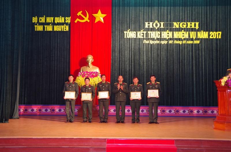 Bộ CHQS tỉnh tổng kết thực hiện nhiệm vụ năm 2017