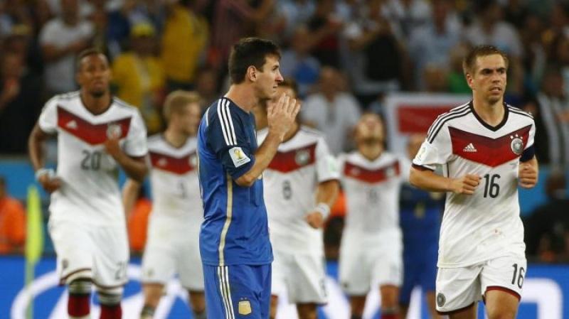 lionel messi up mo chuyen giai nghe sau world cup 2018