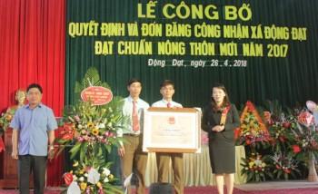 Đón Bằng công nhận đạt chuẩn nông thôn mới