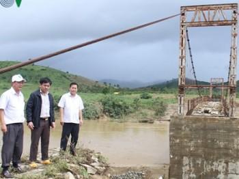 Mưa lũ gập đường, cô lập hơn 1.000 hộ dân Krông Bông (Đăk Lăk)