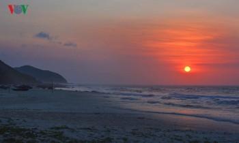 """Những bãi biển hoang vắng tha hồ """"sống ảo"""" ở Quảng Ninh"""