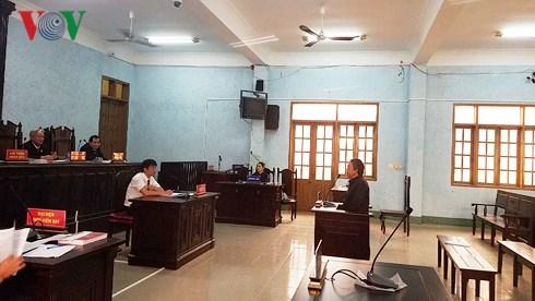 giam doc doanh nghiep gia lai lanh an 12 thang tu vi nhan tin vu khong