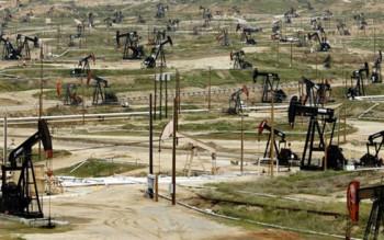 Các nước sản xuất dầu lửa phối hợp bình ổn thị trường