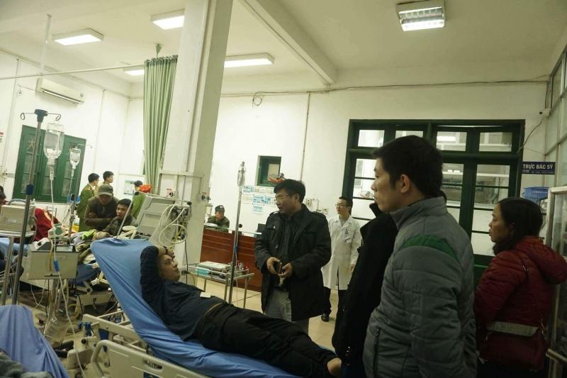 thai nguyen 9 nguoi ngo doc phai nhap vien do an nham cay ray