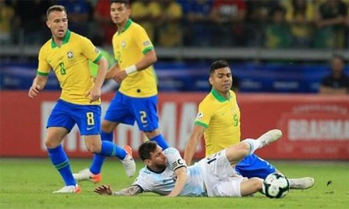 casemiro brazil thang argentina nho vo hieu hoa messi
